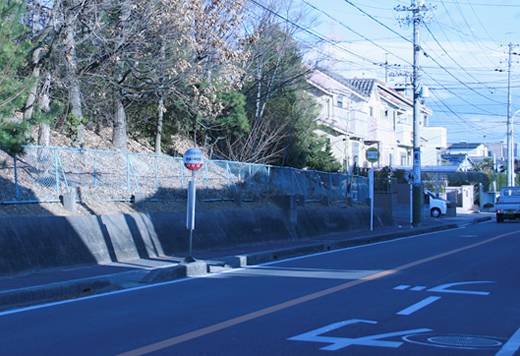 バス停【 東郷小学校前 】